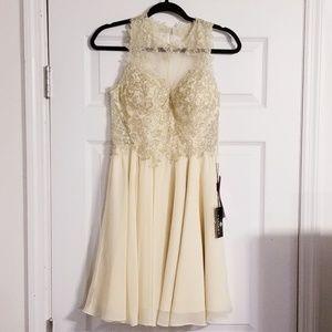 {Prom Girl} Champagne Formal Dress